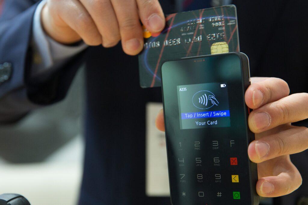 Como pagar conta com cartão de crédito